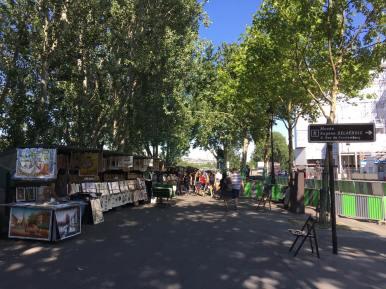 boulevard Haussman river seine in Paris